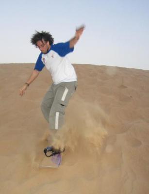 20080608221545-sandboarding.jpg