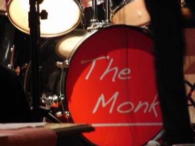 20100115121053-the-monk-bateria.jpg