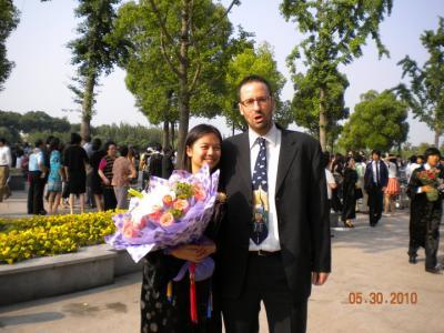 20100611013603-graduacion.jpg